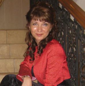 Юлия Стародумова, администратор в Центре косметологии и пластической хирургии